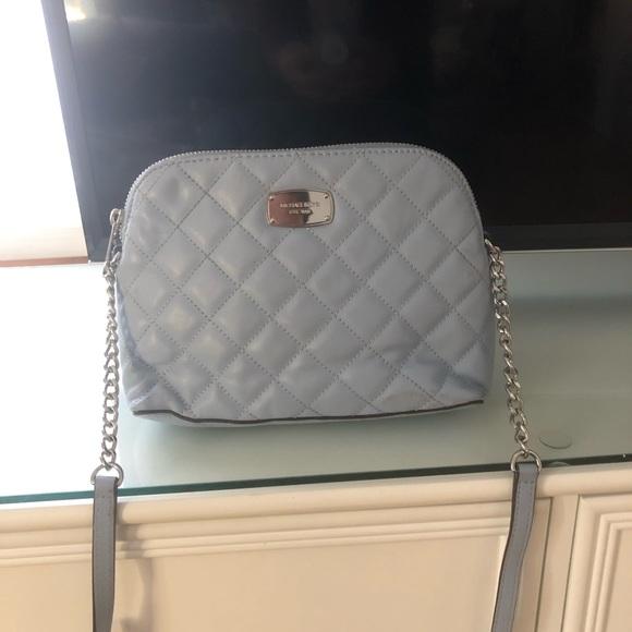 Michael Kors Handbags - Michael Kors Cindy quilted leather bag